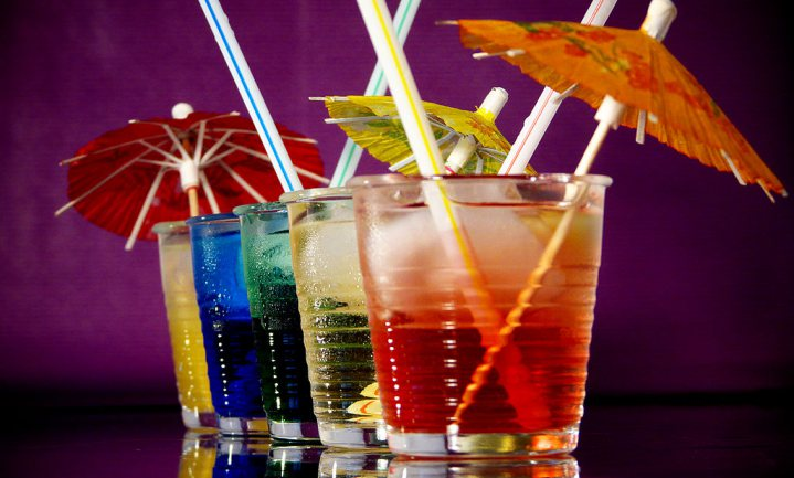 Bols mikt onethisch op thuisdrinker