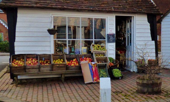 Britse boerenwinkels boeren goed dankzij halve rijken en hipsters