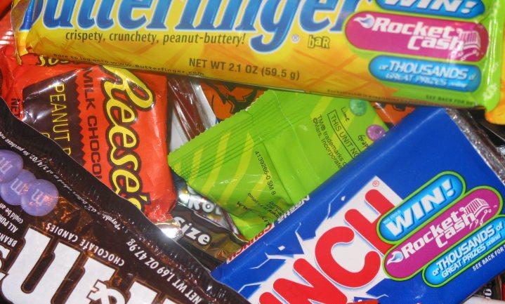 Nestlé haalt kunstmatige stoffen uit zijn Amerikaanse repen