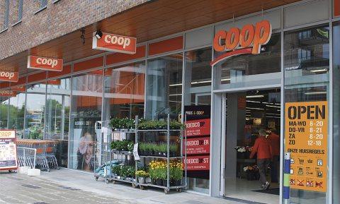 Onderzoekers verhogen de prijzen van 8 Coop-winkels om de buurt gezonder te maken