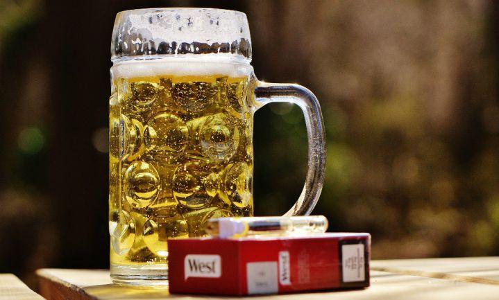 Hbo'ers drinken, mbo'ers roken