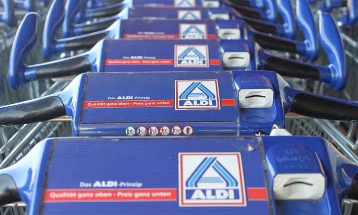 Duitse boeren blokkeren ALDI in Nedersaksen tegen verlaging boterprijs