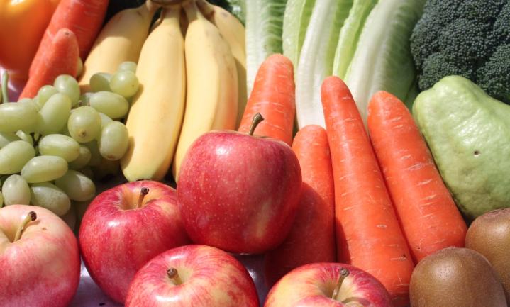 Per ongeluk ontdekt: super legt groente en fruit het best dicht bij de ingang