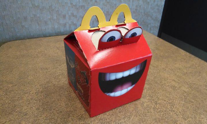 McDonald's Happy Meal mag kinderlokken, Kellogg's Coco Pops niet