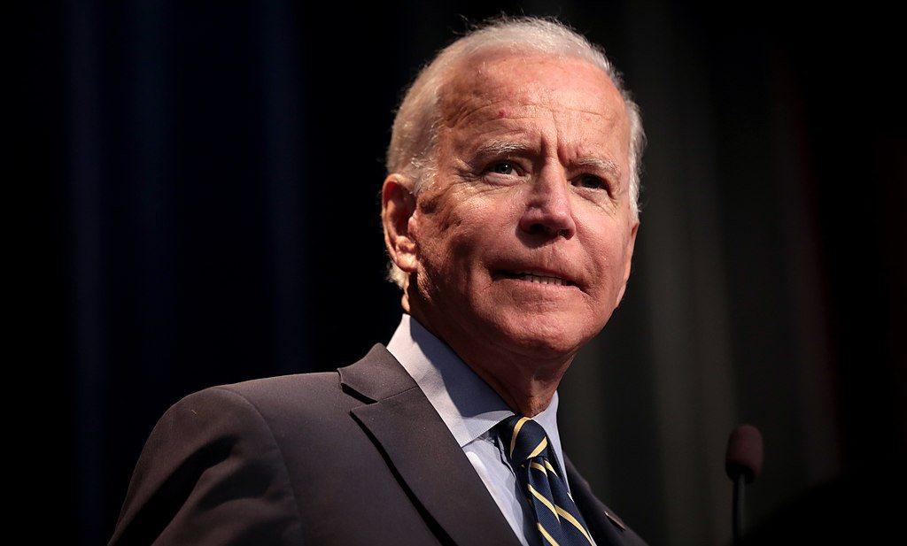 Joe Biden pakt na Trump ook corona aan