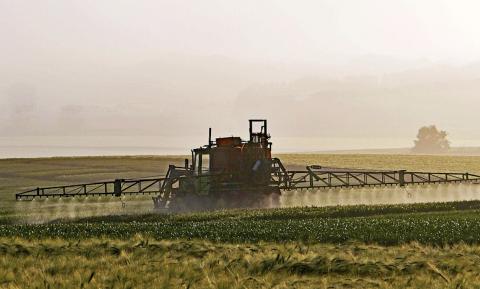 Anti-pesticidenmotie geparkeerd door minister Schouten