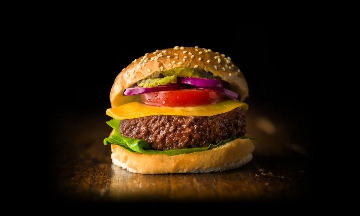 'Consument wil best kweekvlees eten én er zelfs meer voor betalen'