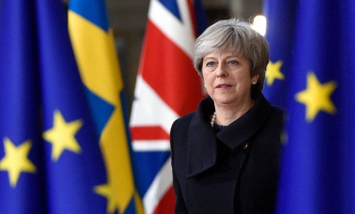 Morgenmiddag bespreekt de Britse regering de brexitdeal die May sloot met Brussel