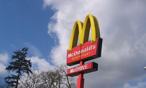 McDrive open voor voetgangers