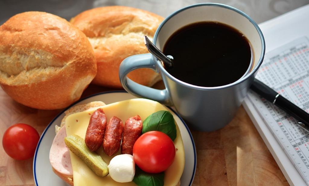 Nieuwe stadstrend: buitenshuis ontbijten
