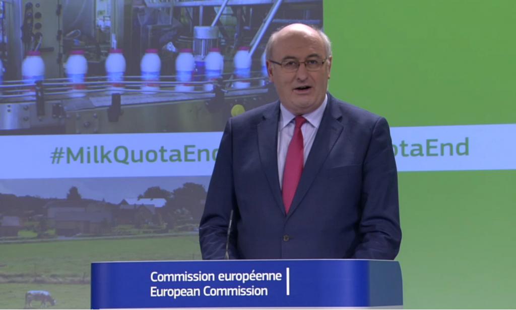 Landbouwcommissaris Hogan ziet niets in Franse voorstellen