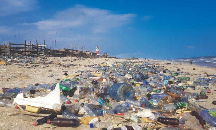 Coca-Cola, PepsiCo en Nestlé voor derde jaar op rij grootste plasticvervuilers