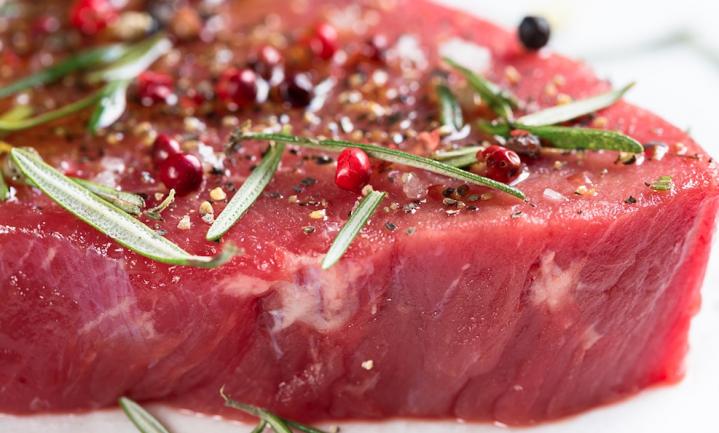 Rood vlees heet weer even gezond