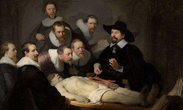 Autopsie op Covid-19-patiënten zou heel leerzaam zijn, maar is te gevaarlijk