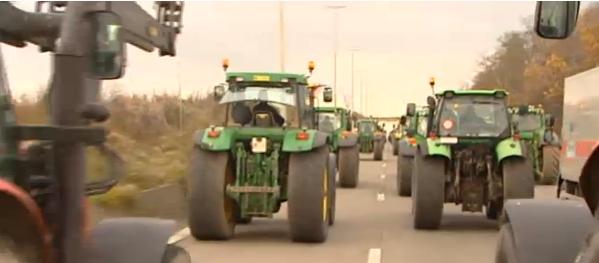 Boze boeren in Brussel: beperk de productie!