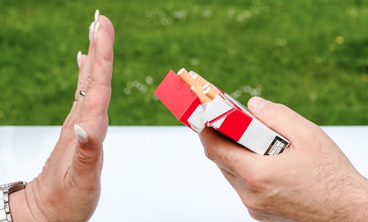 'Patiënt met hart- en vaatziekten mag zelf bepalen of hij het waard vindt om te stoppen met roken'