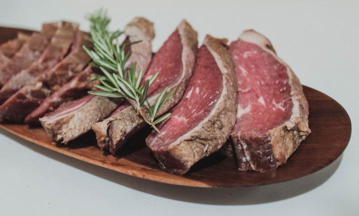Albert Heijn lanceert 'specialty store' voor steaks