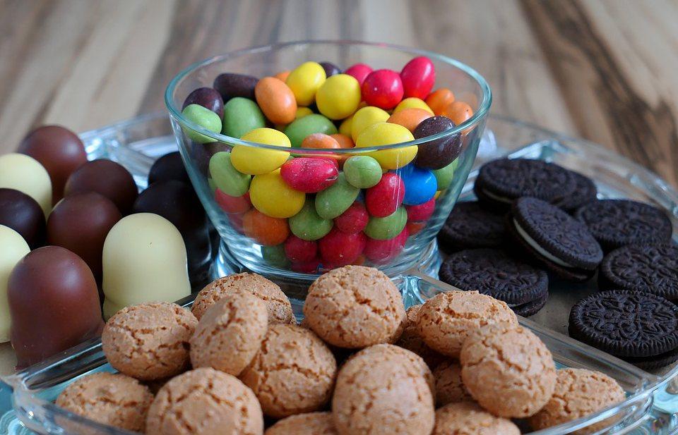 Onderzoekers willen met suikertaks Britse koek- en snoepcultuur aanvallen