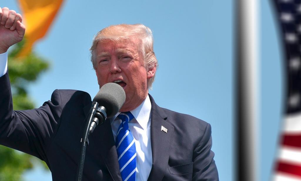 Trump heft invoertarieven op €200 miljard Chinese importgoederen