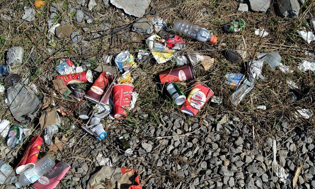 Vlaamse minister pakt wél door met statiegeld en recyclen van blikjes en flesjes