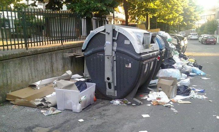 'Epidemie dreigt' in met huisvuil overladen Rome