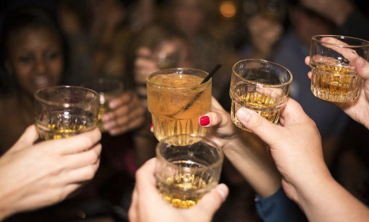 'Mannen hebben alcohol nodig om sociaal te zijn'