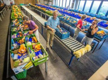 Versaanbod zorgt voor tekort aan handen Voedselbanken