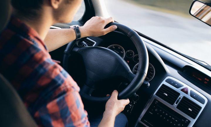 Weinig slaap even gevaarlijk als dronken chauffeur