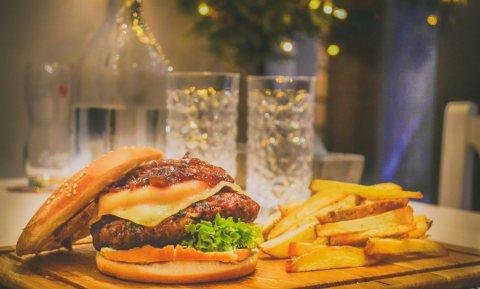 'Ultra-processed foods zijn niet per definitie fout, maar wél voedselveilig'