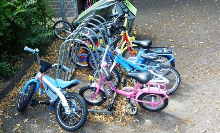 Amsterdamse kinderen kunnen niet fietsen