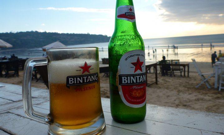 Bali baalt van verbod bierverkoop