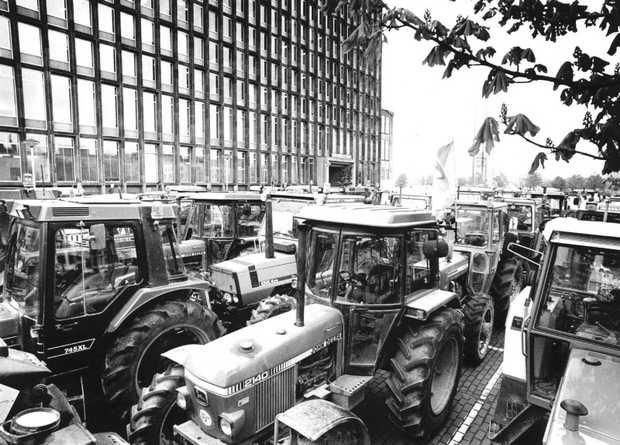 'Zet de tractoren maar klaar'