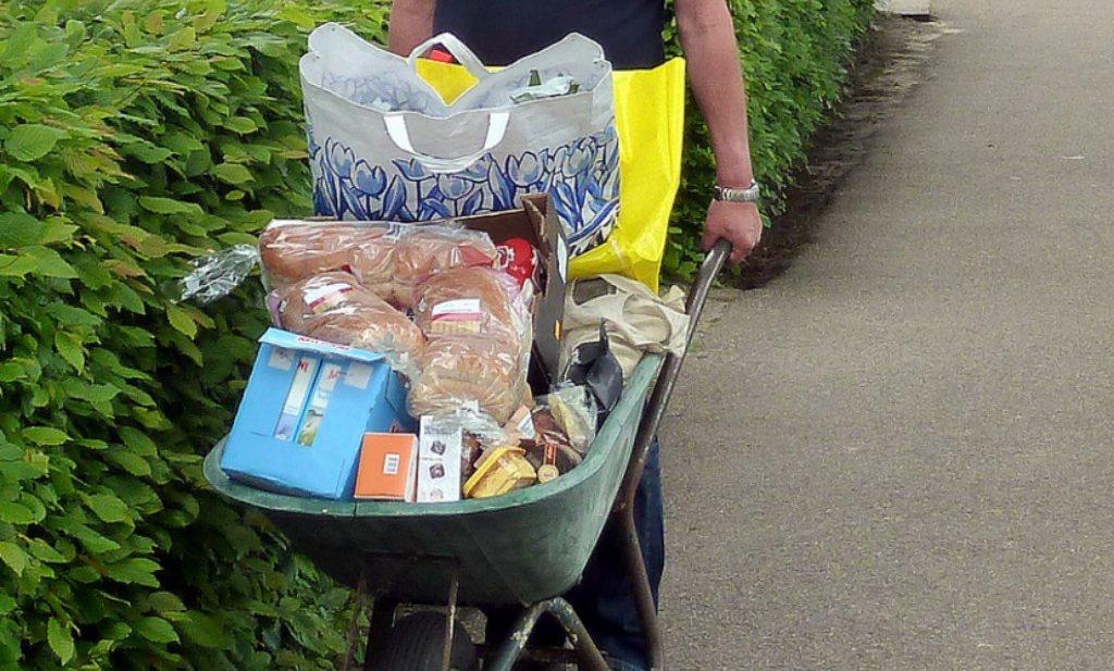 Brood en zuivel maken van Nederland goedkoop boodschappenland