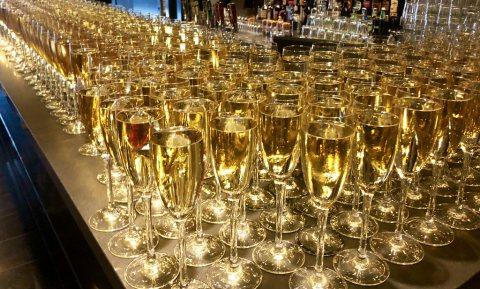 Alcohol en afstand houden gaan niet samen, afhalen blijvertje in Frankrijk
