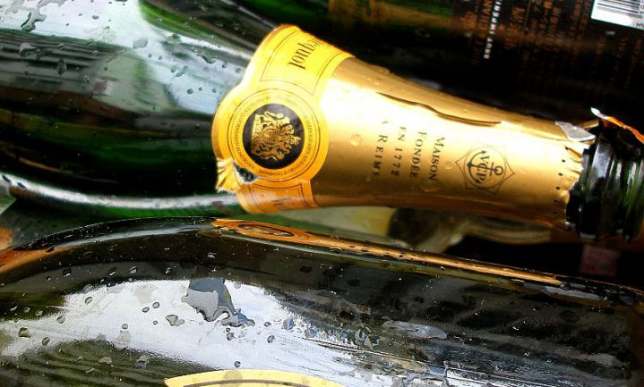 Britse Lords houden vast aan eigen Champagne