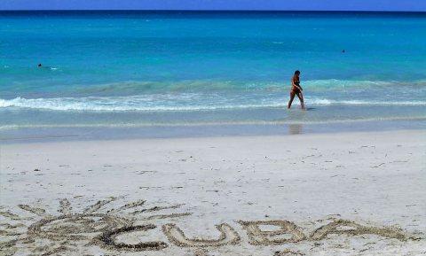 Vaccindiplomatie en vaccintoerisme op Cubaanse stranden