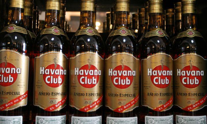 Cuba wil schuld aan Tsjechië aflossen met rum