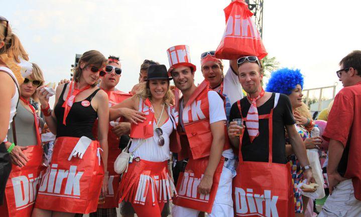 Dirk opent pick-up point na brand Volendam