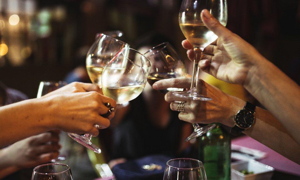 Drankgebruik in Nederland blijft gelijk, maar te hoog