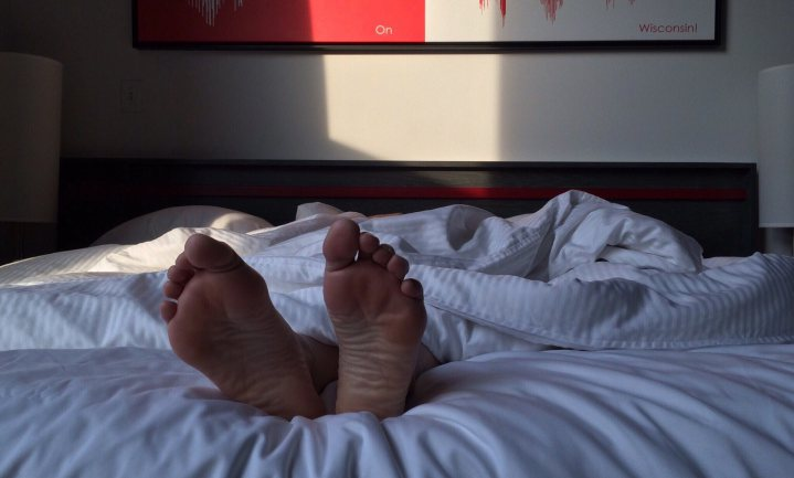 Uit slapen (nee, niet uitslapen)