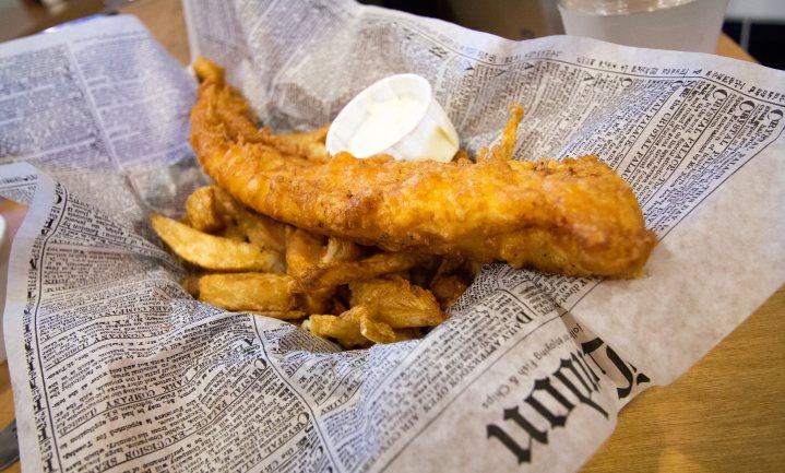 Pizza en curry verdringen fish-and-chips uit Britse top-5
