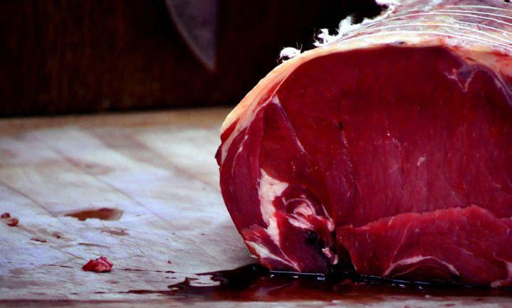 'Consumptie lams- en rundvlees EU moet met helft omlaag'