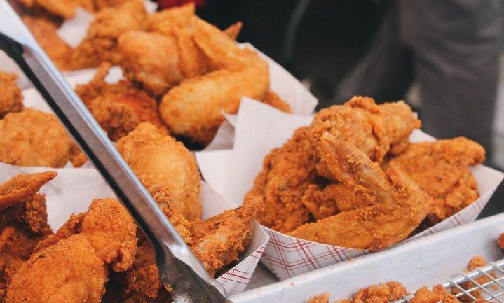 Met kip en kaas KFC te lijf