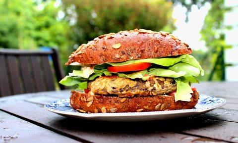 Week Zonder Vlees duurt voor 1,5 miljoen Nederlanders het hele jaar, toch eten we thuis meer vlees