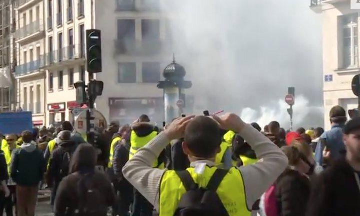 Minder hesjes, meer haat in Frankrijk