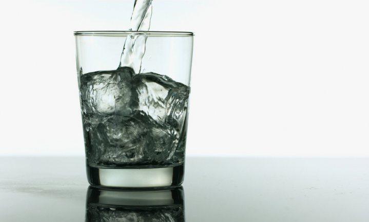 Veilig drinkwater is een recht, maar het moet ook betaalbaar blijven