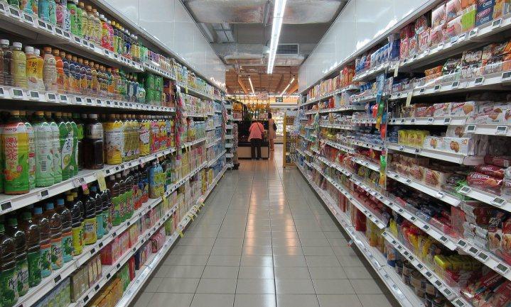 BTW-verhoging en snacken helpen supermarkten door €40 miljard grens
