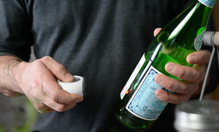 Boodschappen doen met slimme koelkastmagneet Hiku