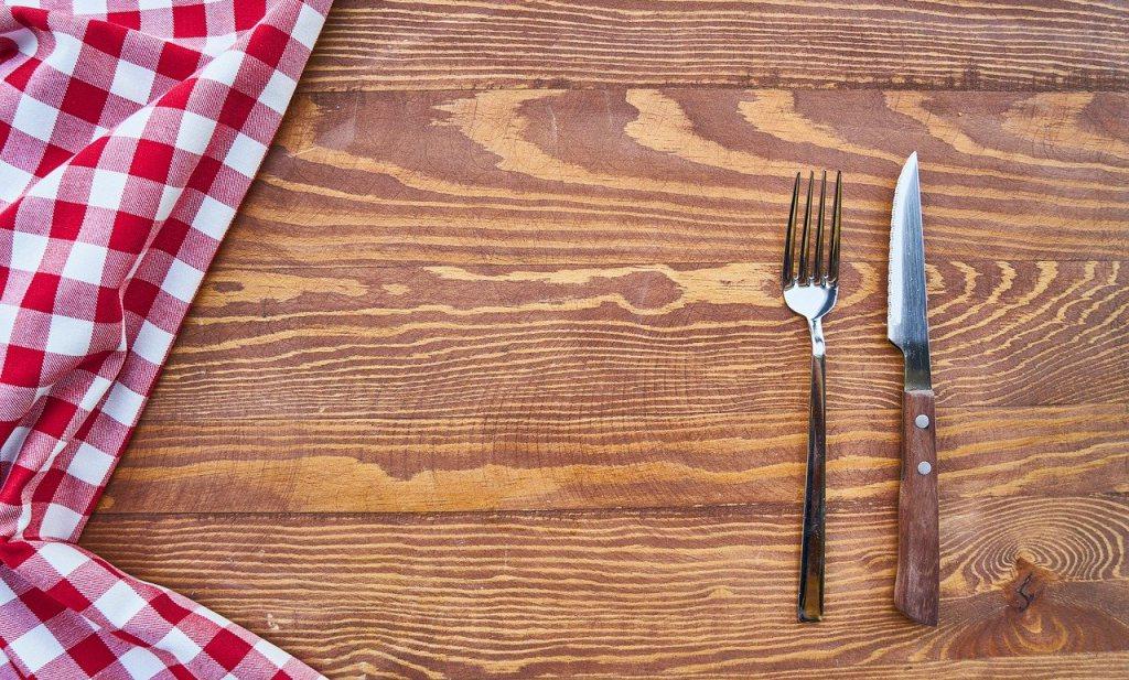 2,37 miljard mensen zonder dagelijks eten, Gezondheidsraad tegen derde prik