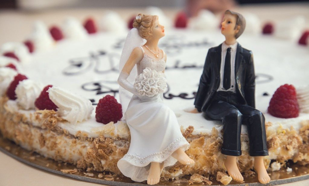 €200 miljoen voor coronawelzijn, Elfkroegentocht, 3,2 miljoen echtparen doorstaan coronastresstest